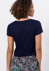 zero - Basic T-shirt - desert night blue - 2