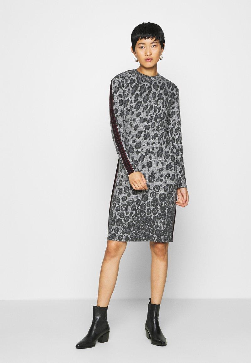 Barbara Lebek - Jumper dress - grey