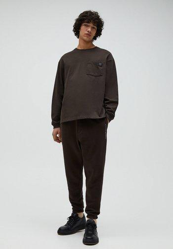 Sweter - mottled brown
