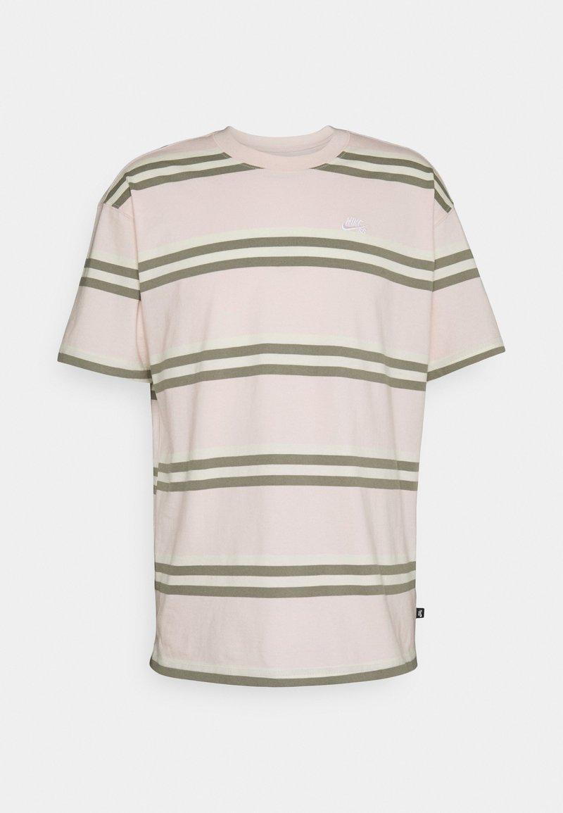 Nike SB - TEE STRIPE UNISEX - Print T-shirt - orange pearl