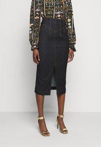 Versace Jeans Couture - LADY SKIRT - Denim skirt - indigo - 0