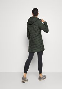 Vaude - WOMENS ANNECY COAT - Down coat - spinach - 2