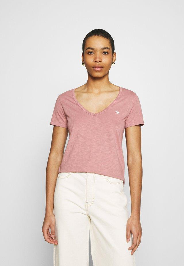 ICON VNECK TEE - Basic T-shirt - pink