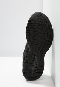 ASICS - JOLT 2 - Obuwie do biegania treningowe - black/dark grey - 4