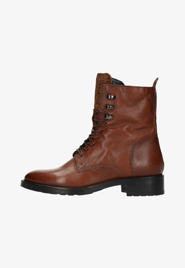 MIT LEO-DETAIL - Lace-up ankle boots - cognac