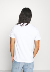 Lacoste - T-shirt con stampa - blanc - 2