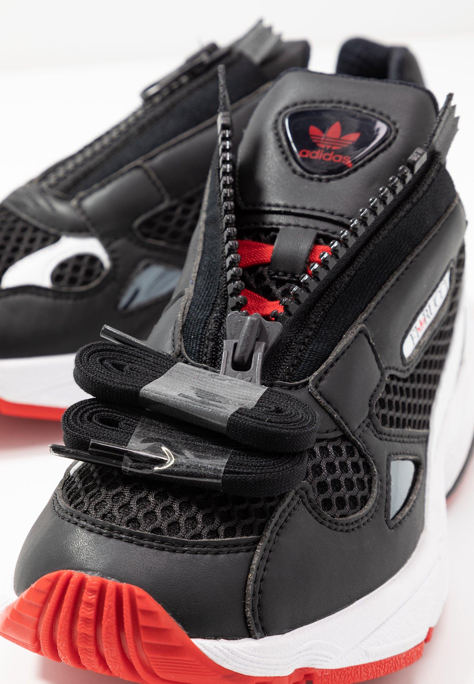 Adidas Originals Falcon Zip - Sneakers Core Black/footwear White/red