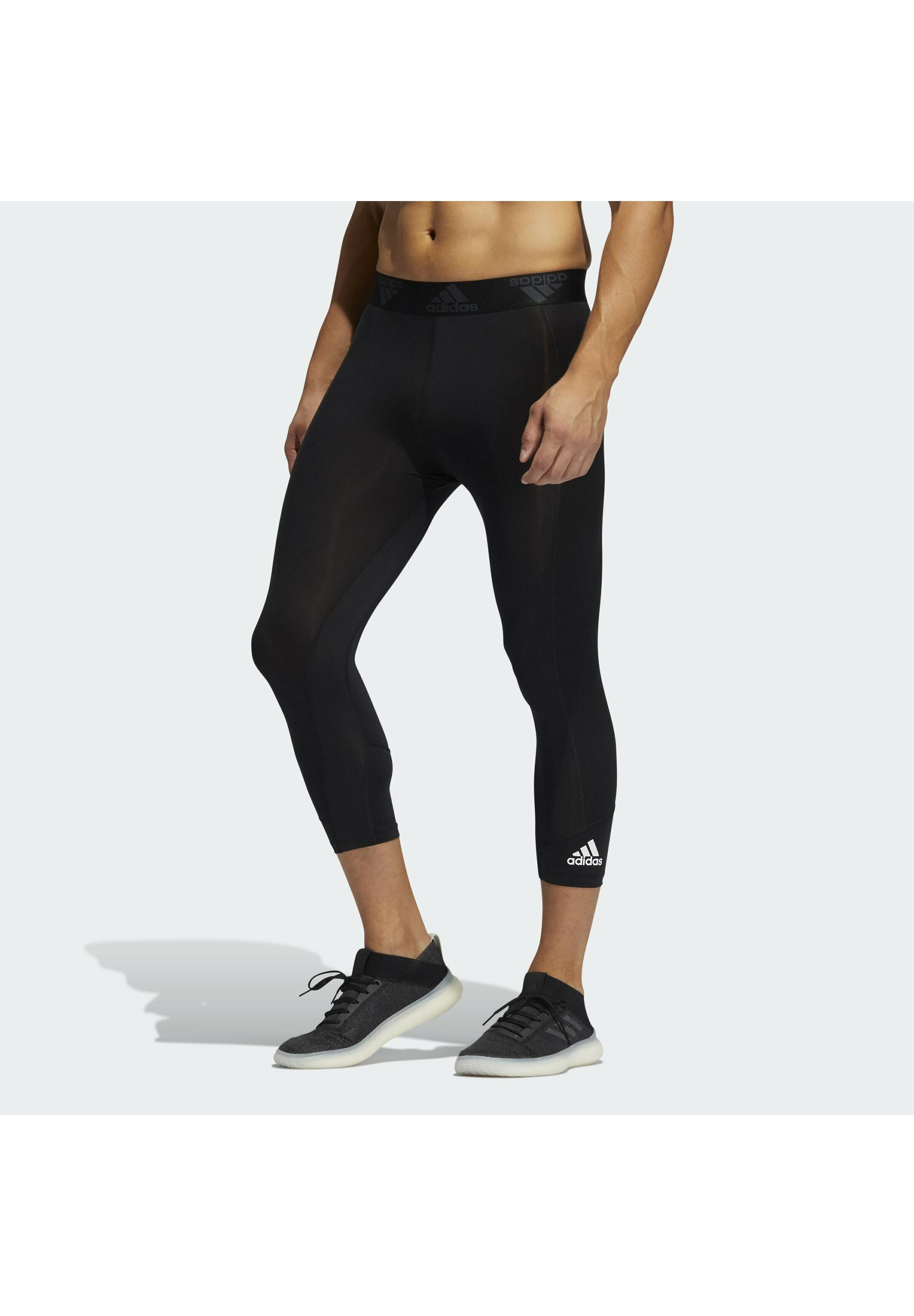 Men 3/4TIGHT TECHFIT PRIMEGREEN CAPRI LEGGINGS - Leggings
