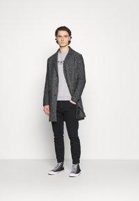 Jack & Jones PREMIUM - JPRBLAJAKE CREW NECK - Sweater - cool grey - 1