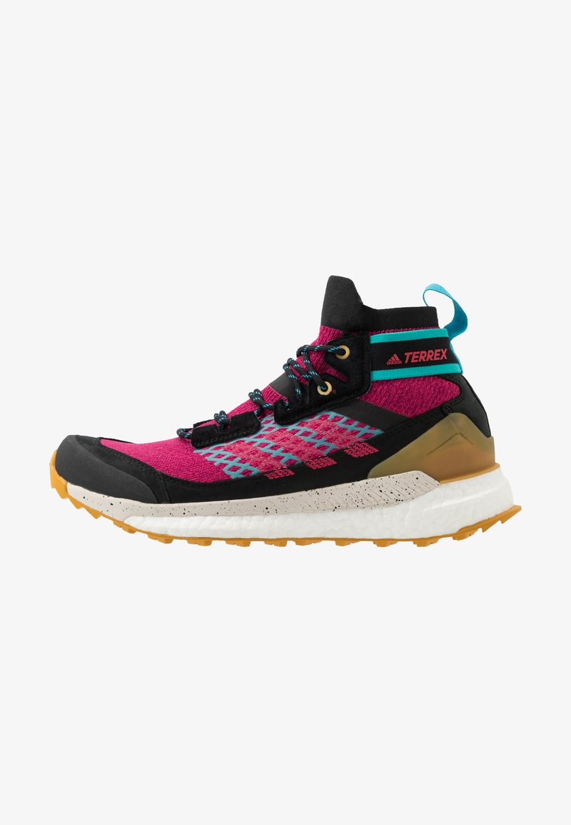 adidas Performance - TERREX FREE HIKER - Trekingové boty - berry/core black