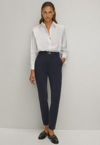 Massimo Dutti - Broek - blue-black denim - 1