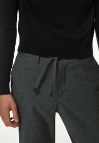 Massimo Dutti - CASUAL FIT - Trousers - grey - 2