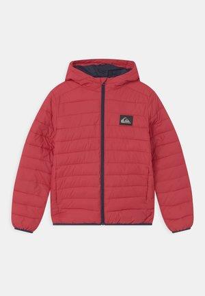 SCALY YOUTH - Zimní bunda - american red