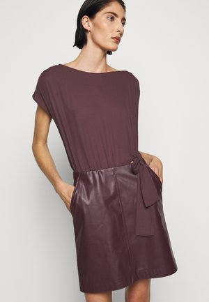 DRESS  - Day dress - violet swan