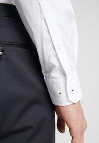 JOOP! - PANO - Formal shirt - white - 5