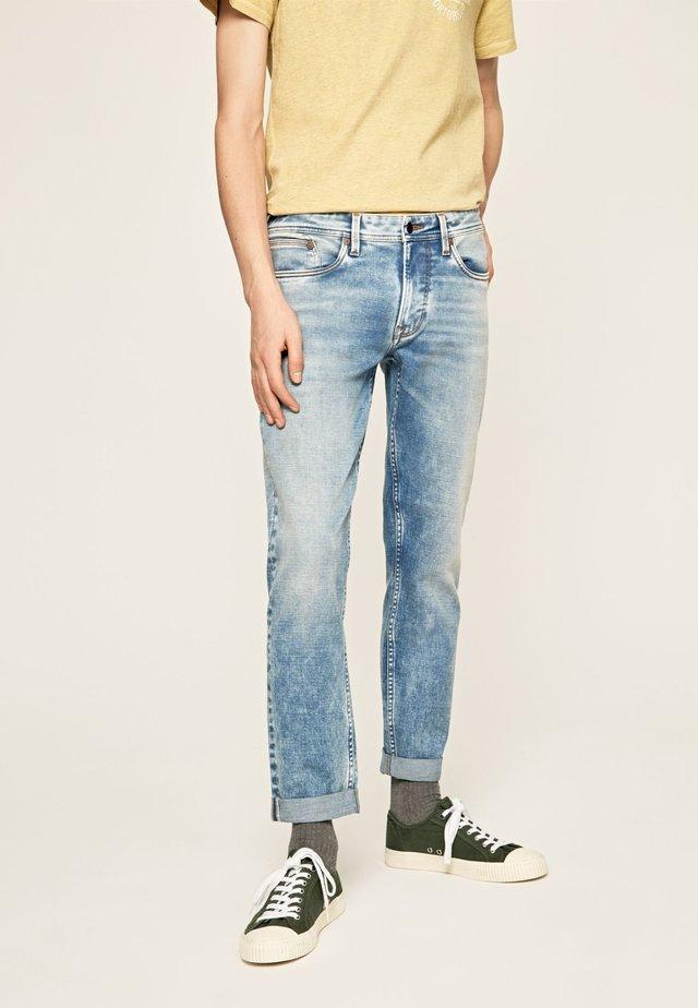 HATCH BLEACH - Jeansy Straight Leg - blue denim