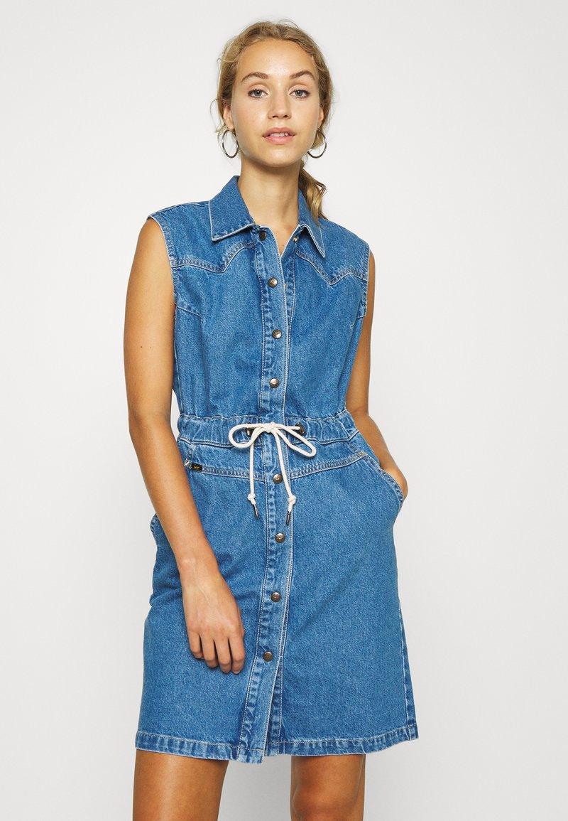 Lee - DRAWSTRING DRESS - Denim dress - clean callie