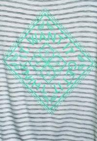 Street One - MIT PARTPRINT - Print T-shirt - blau - 4