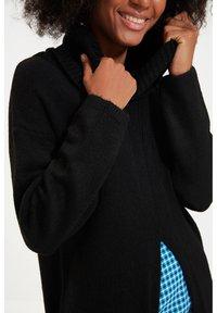 Trendyol - PARENT - Gebreide jurk - black - 4