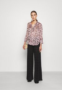 Milly - LEOPARD STRIPE BUTTON UP - Button-down blouse - pink multi - 1