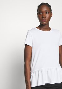 Esprit - T-shirts med print - white - 3