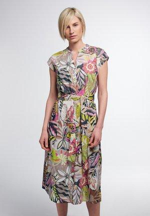 Shirt dress - grün/pink