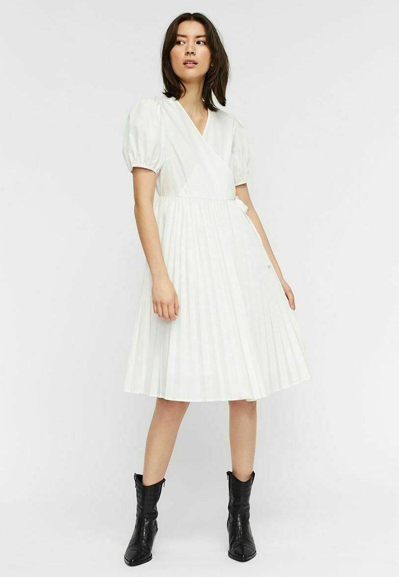 Vero Moda - Cocktail dress / Party dress - snow white