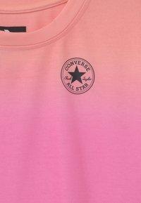 Converse - OMBRE - Vestido informal - pink - 2