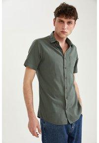 DeFacto - Shirt - khaki - 4