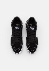 Vans - SK8-HI - Höga sneakers - black/true white - 3