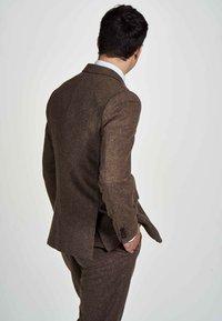 MDB IMPECCABLE - Suit jacket - sand - 2