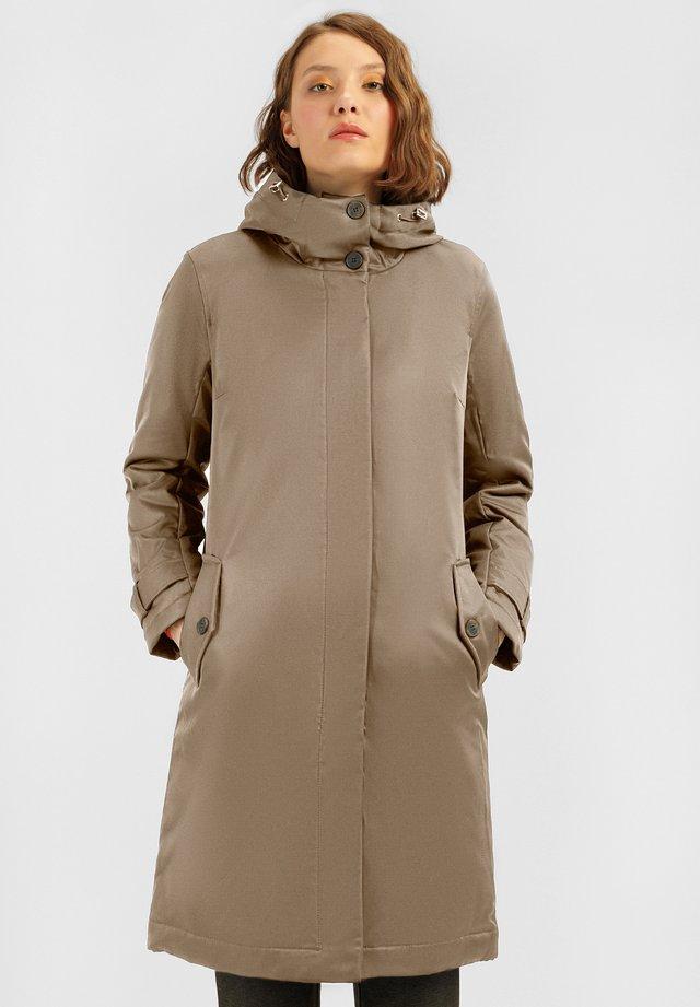 MIT LEICHTER WATTIERUNG - Winter coat - fungi