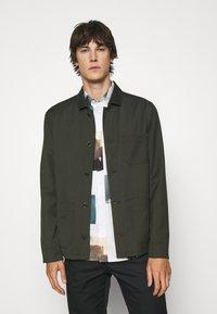 Filippa K - LOUIS GARBADINE - Summer jacket - moss green - 0