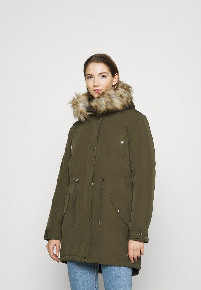LUXE  - Zimní kabát - khaki