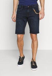 TOM TAILOR DENIM - REGULAR FIT - Shorts vaqueros - blue/black denim - 0