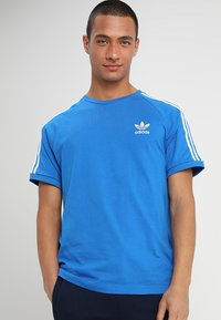 adidas Originals - 3 STRIPES TEE UNISEX - T-shirt imprimé - blubir - 0