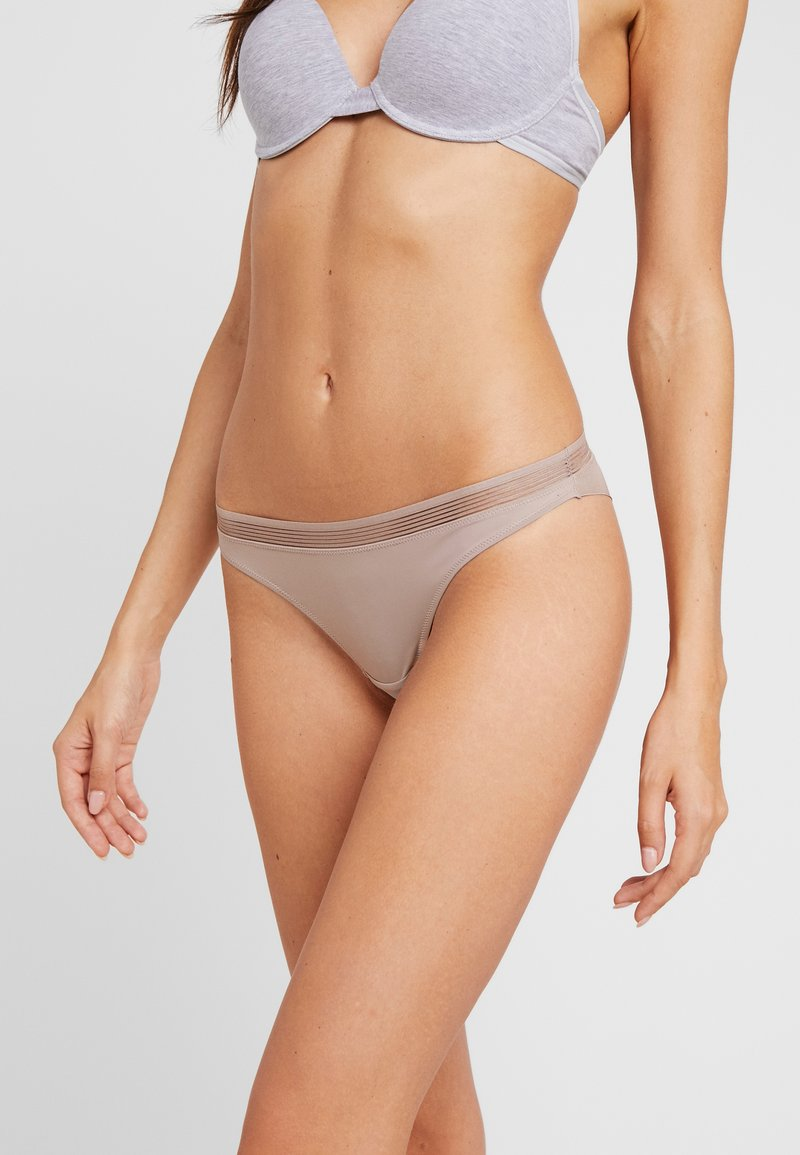 Esprit - GLADSTONE BRAZILIAN HIPSTER BRIEF - Underbukse - light taupe