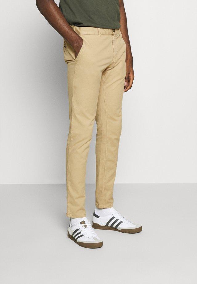 MOTT  - Pantalones chinos - sand