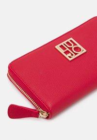 LIU JO - XL ZIP AROUND - Wallet - true red - 3