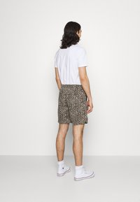BDG Urban Outfitters - LEOPARD DRAWSTRING - Shorts - brown - 2