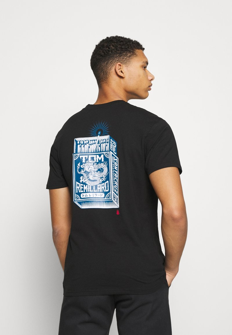 Santa Cruz - REMILLARD MAKO MATCHBOX UNISEX - Print T-shirt - black