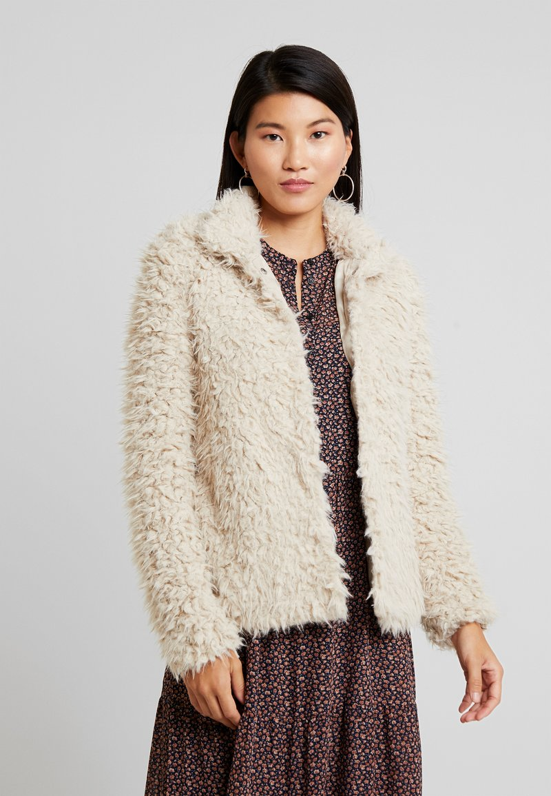 Vero Moda - VMJAYLAMEG JACKET - Winter jacket - oatmeal