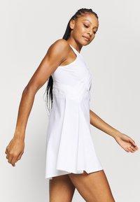 Nike Performance - MARIA DRESS - Sportovní šaty - white/black - 3