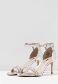 Dorothy Perkins - SWEETIE SPARKLE JEWELLED  - Sandalen - silver - 4