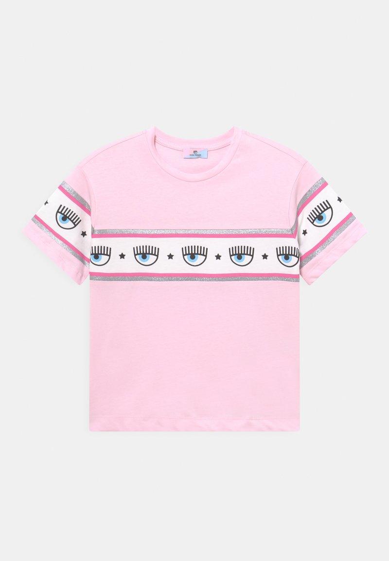 CHIARA FERRAGNI - OVER BANDA - Print T-shirt - rosa fairy tail
