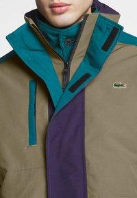 Lacoste LIVE - Light jacket - leafy/tanzanite pine - 5