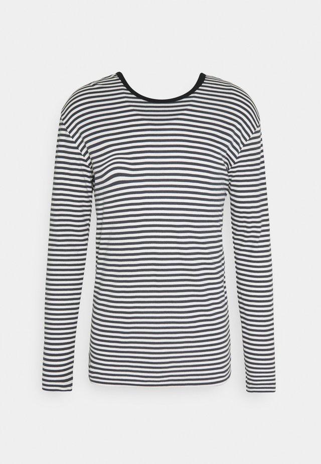 DUO TOBIAS LONG - T-shirt à manches longues - marshmallow/iron gate/black