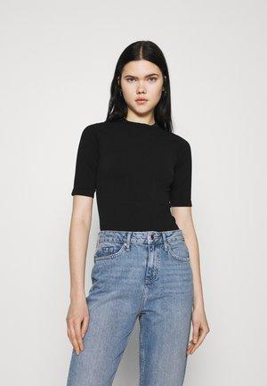 HALF SLEEVE SEAMLESS - Basic T-shirt - black