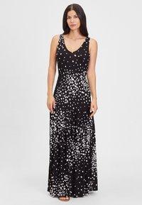 LASCANA - Maxi dress - schwarz-weiß-bedruckt - 1