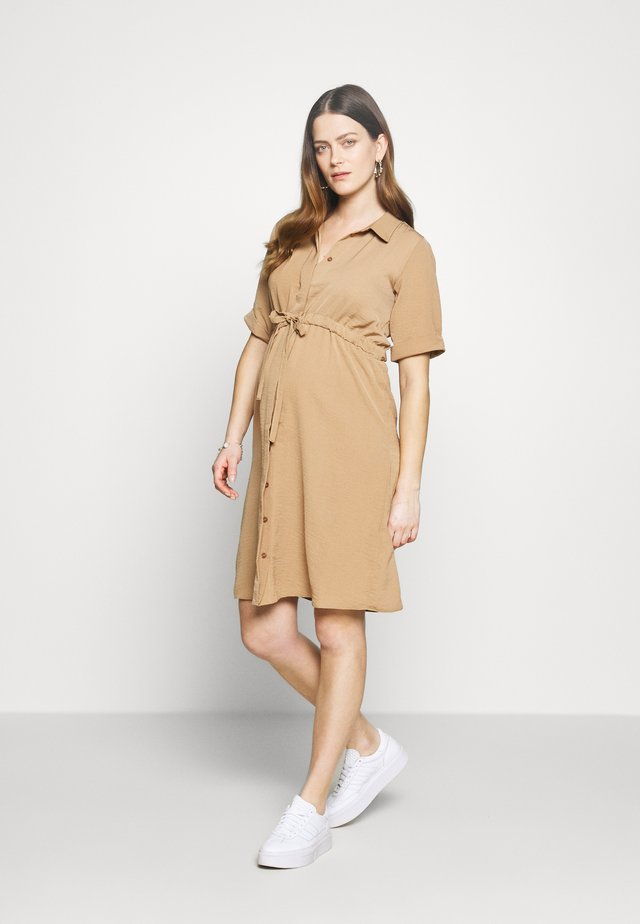 WAIST DRESS - Shirt dress - camel